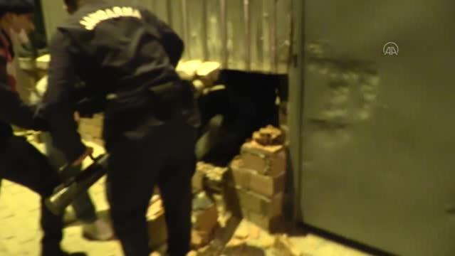 3 ayrı adrese yapılan tombala operasyonunda 220 kişiye 1 Milyon lira ceza kesildi