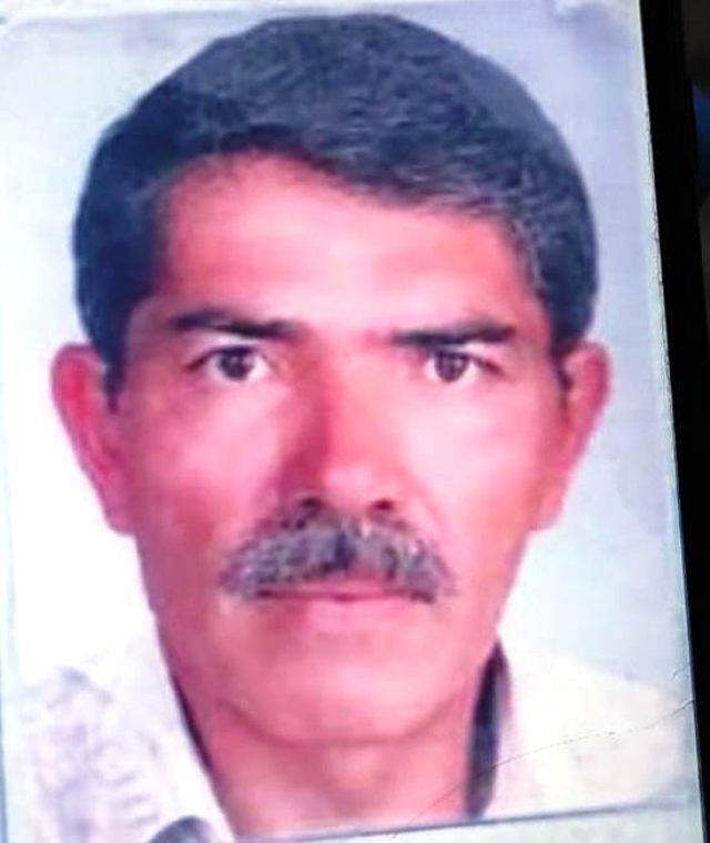 60 yaşındaki adam, oturduğu bankta ölü bulundu