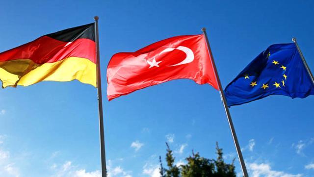 AB ve Almanya'dan art arda Türkiye'yle gerilimi tırmandıracak tehditler: Dönüm noktasındayız