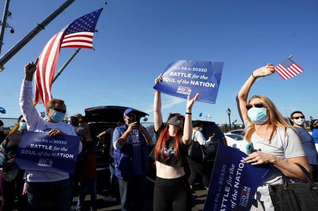 ABD'de halk Biden'ın zaferini kutluyor