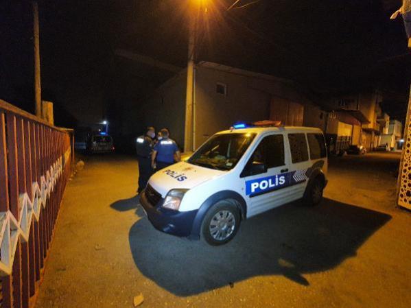 Adana'da motosikletle 5 kilometre kaçtı, yakalanınca Polis benim baş tacım dedi
