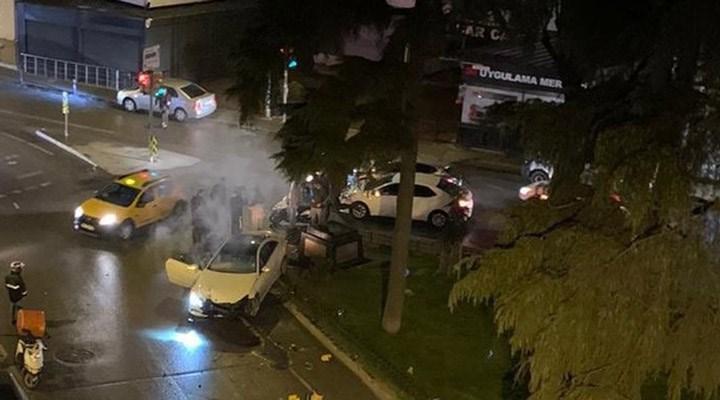Alex de Souza'nın heykeline otomobil çarptı