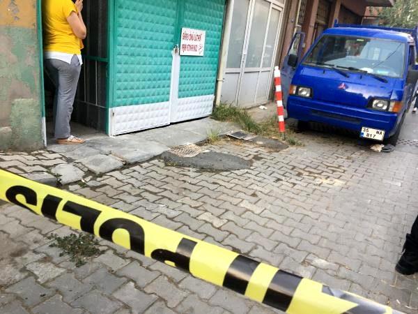 Husumetlisini sokak ortasında pompalı tüfekle öldürdü