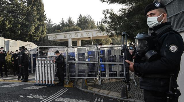 Boğaziçi Üniversitesi'ndeki protestolarda gözaltına alınanlar serbest bırakıldı