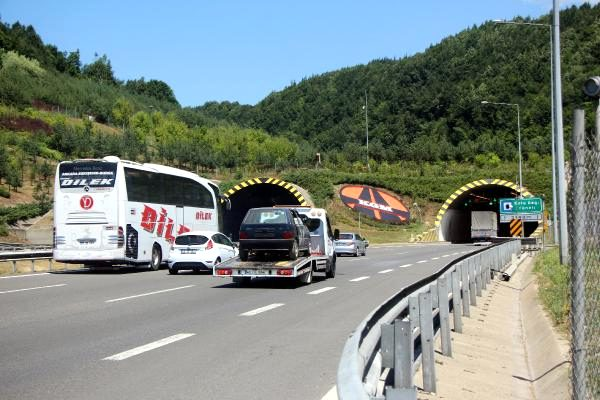 Bolu Dağı TEM Otoyolu'nun Ankara istikameti 1 ay trafiğe kapanacak