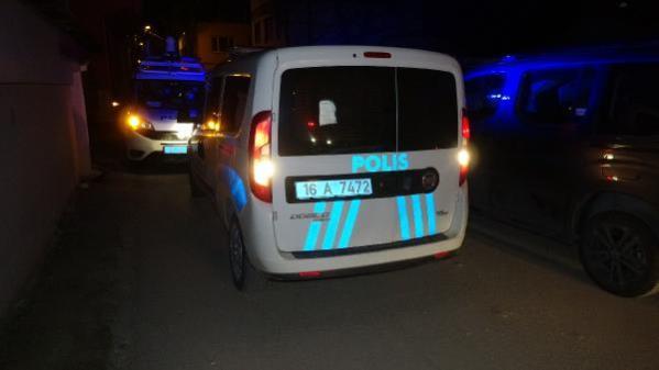 BURSA-Kısıtlamayı ihlal eden 2 şüpheli uyuşturucu madde ile yakalandı