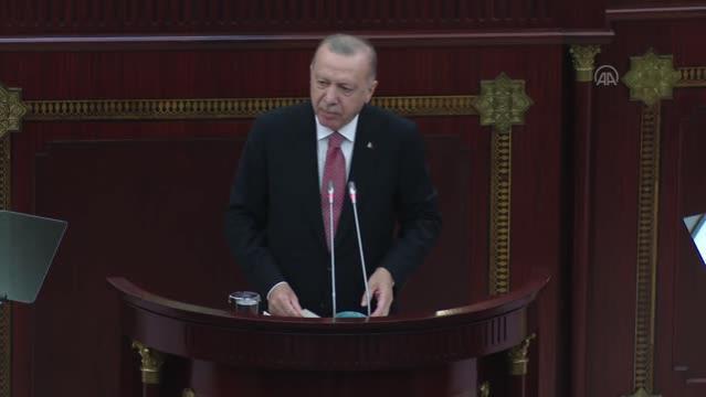 Cumhurbaşkanı Erdoğan: Medeniyet ile vandallık arasındaki farkı görmek isteyen, gelsin Karabağ'da iki dönem arasındaki farka baksın