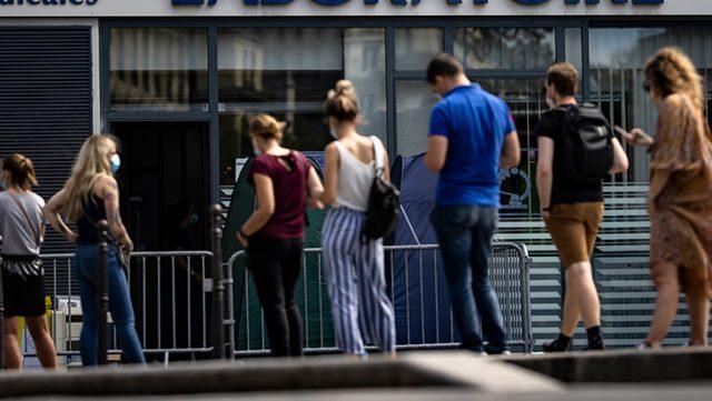 Avrupa'da ikinci dalga alarmı! Vaka sayıları katlanarak artıyor