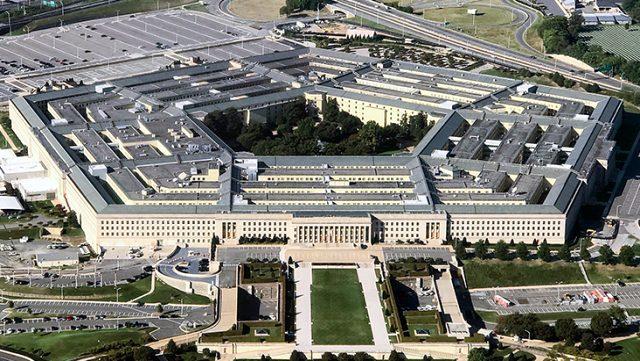 Beyaz Saray'ın ardından Pentagon'da da koronavirüs alarmı! Üst düzey komutanlar bir bir karantinaya giriyor