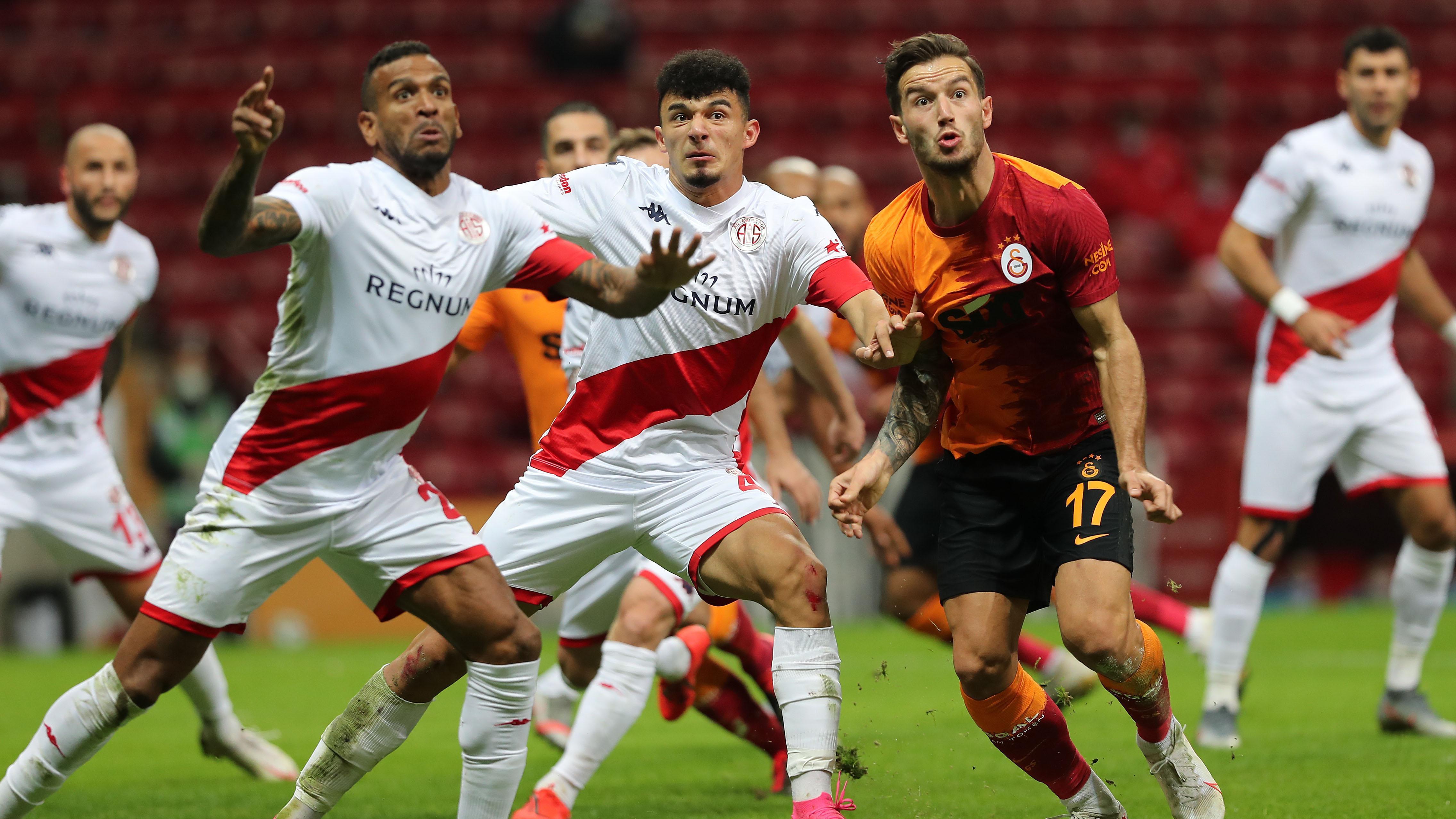 Fotoğraflarla Galatasaray - Antalyaspor maçı!