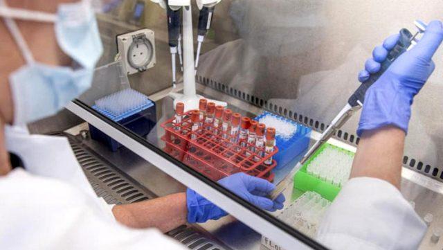 Fransız ilaç şirketi Sanofi'nin geliştirdiği koronavirüs aşısı 10 eurodan az olacak