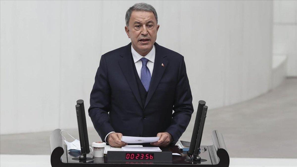 Hulusi Akar: Son bir ayda Kuzey Irak'ta PKK'ya 28 operasyon yapıldı