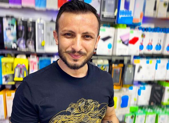 İnstagram ve diğer sosyal medya ağlarının sevilen yüzü Mehmet Enlioğlu.