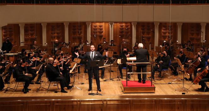 İş Sanat'ın Yeni Yıl Konseri'nin konuğu tenor Murat Karahan