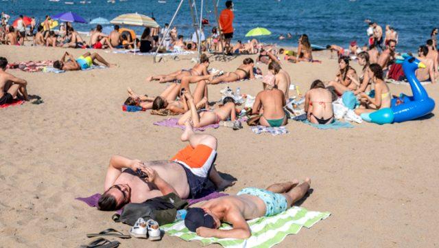İspanya'da koronavirüs vakalarında hafta sonunda büyük artış yaşandı