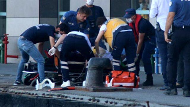 Karaköy açıklarında bir yolcu vapurdan denize düştü