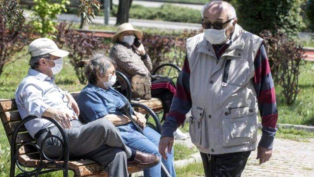 Kayseri'de 65 yaş üstü vatandaşlar toplu taşıma araçlarını saat 11:00-15:00 arası kullanabilecek