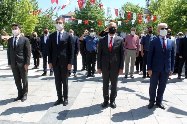 Manyas'ta Atatürk'ü Anma Gençlik ve Spor Bayramı kutlandı