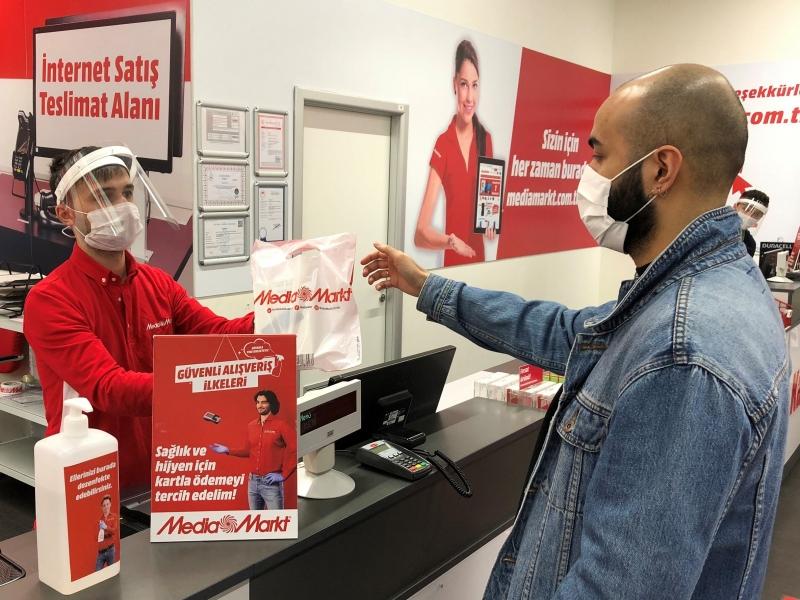 MediaMarkt Türkiye bir günde 78 mağaza açılışı gerçekleştirdi