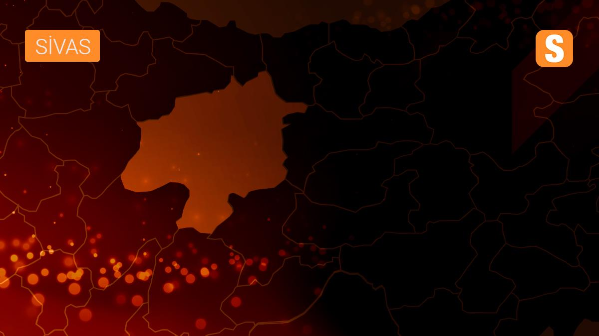 Sivas'ta Kurban Bayramı öncesi canlı hayvan pazarında hareketlilik arttı