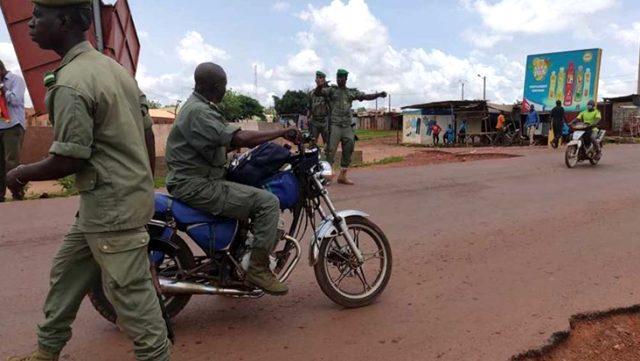 Son Dakika: Askeri hareketliliğin yaşandığı Mali'de Cumhurbaşkanı alıkonuldu