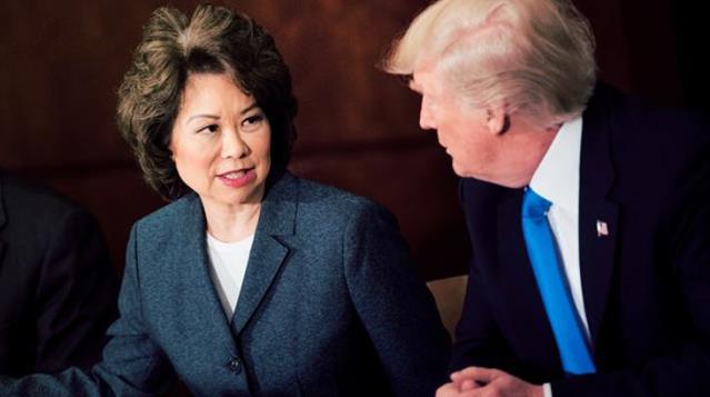 Son Dakika: Trump'ın kabinesinden ilk istifa! Ulaştırma Bakanı Elaine Chao görevini bıraktı