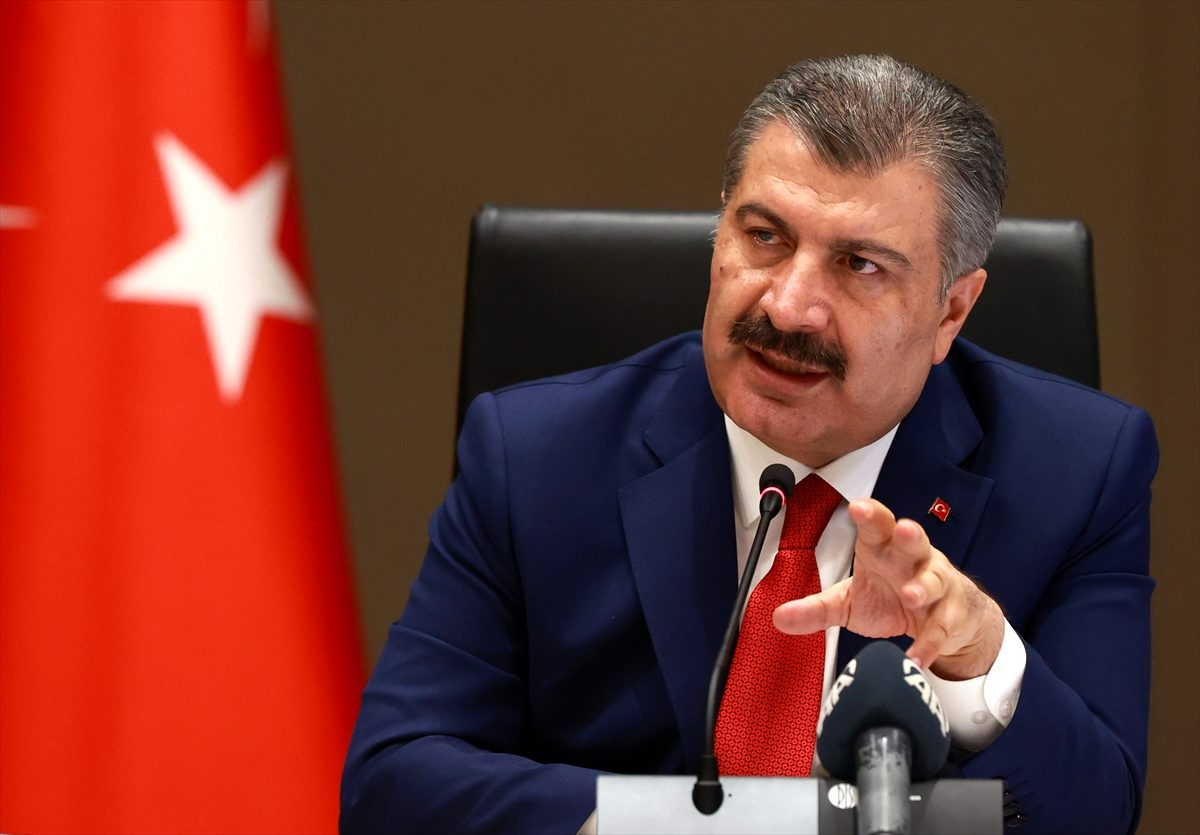 Son Dakika: Türkiye'de 14 Kasım günü koronavirüs nedeniyle 92 kişi vefat etti, 3116 yeni vaka tespit edildi