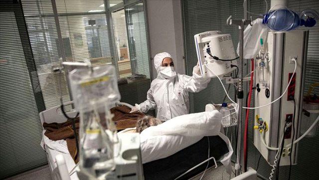 Son Dakika: Türkiye'de 22 Ağustos günü koronavirüs nedeniyle 22 kişi hayatını kaybetti, 1309 yeni vaka tespit edildi
