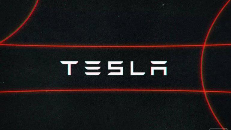 Tesla araçlara sürpriz yenilik