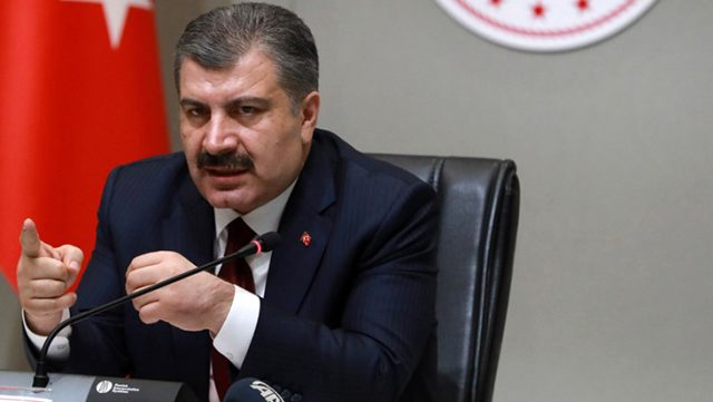 Fahrettin Koca'dan ABD Büyükelçisi'ne ilaç tepkisi: Sömürge ülkelerindeki yaklaşımları hatırlatıyor
