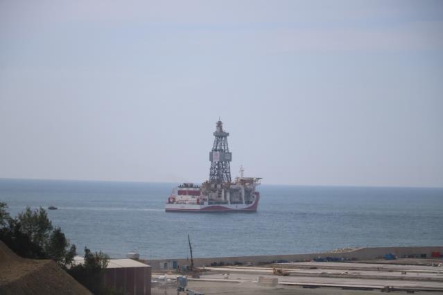 Fatih, Yavuz ve Kanuni sondaj gemileri görevinin başında