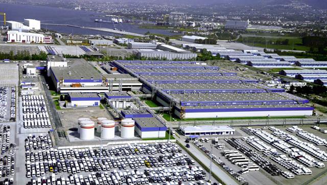 Ford Otosan'ın Gölcük fabrikasındaki yüzlerce işçi evlerinde karantinaya alındı