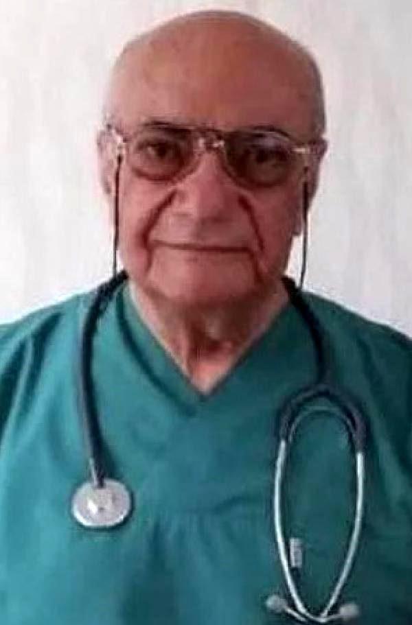 Genel cerrah Ahmet Aydın Şener, koronavirüs nedeniyle hayatını kaybetti