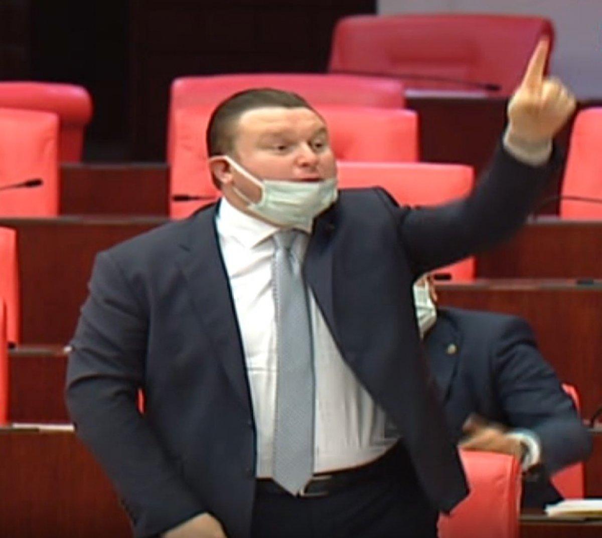 HDP li vekil, MHP ye parmak salladı #2