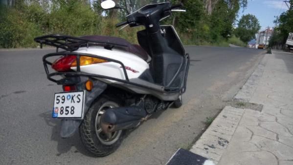İmamın motosikletinin çalınması kamerada