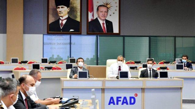 İstanbul İl Pandemi Kurulu toplandı! Toplu ulaşım ile kademeli mesai konuları ele alındı