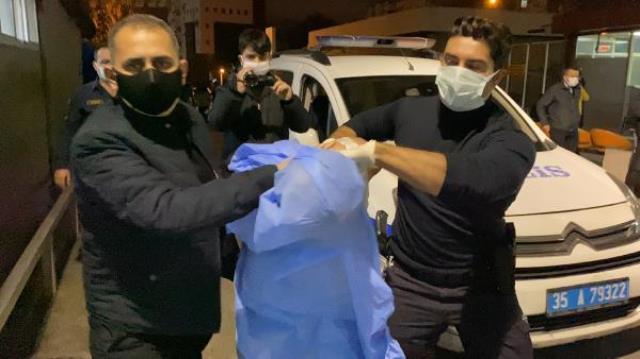 İzmir'de polise memuruna döner bıçaklı saldırı