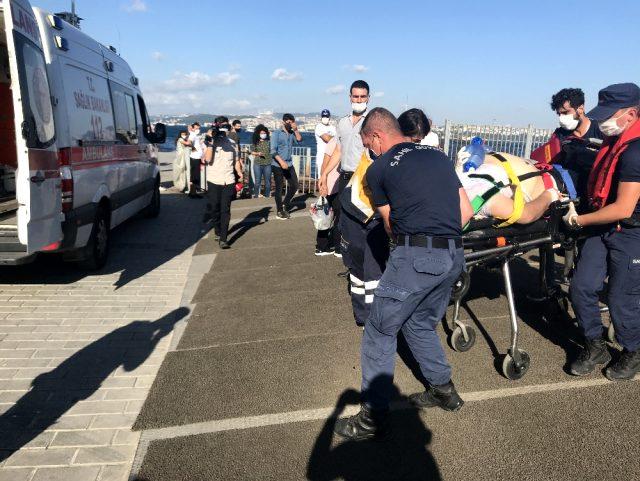 Karaköy'de vapurdan bir yolcu denize düştü
