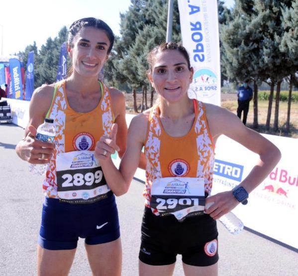 Kayseri'de Yarı Maraton'a yoğun ilgi; bebekleriyle katıldılar