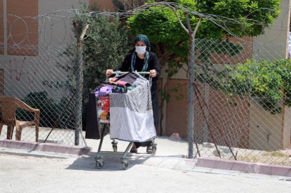 Kimliğini kaybeden terlikçi kadın, çete lideri olmaktan yargılanıyor