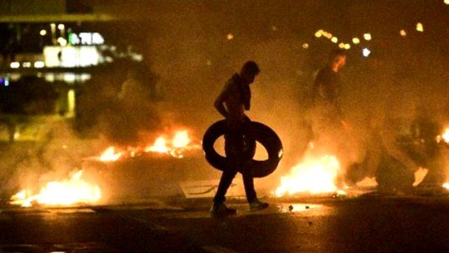 Kur'an-ı Kerim'in yakıldığı İsveç'te ortalık karıştı! Müslümanlar sokağa döküldü