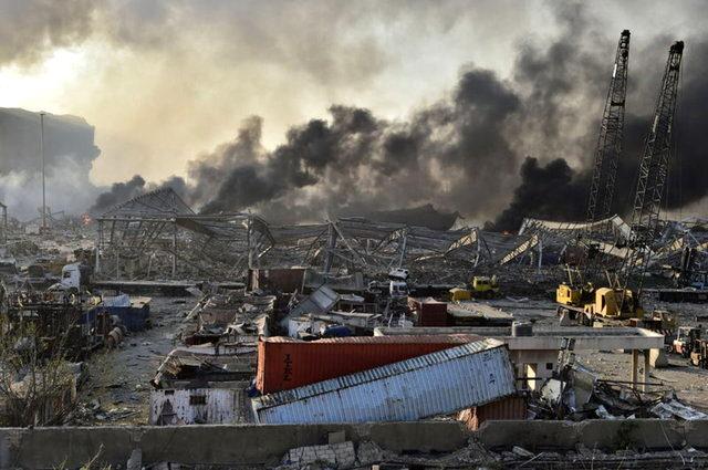 Lübnan'daki büyük patlamanın ardından Beyrut tanınmaz hale geldi
