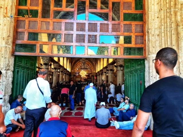 Mescid-i Aksa'da 45 bin Filistinli cuma namazını kıldı