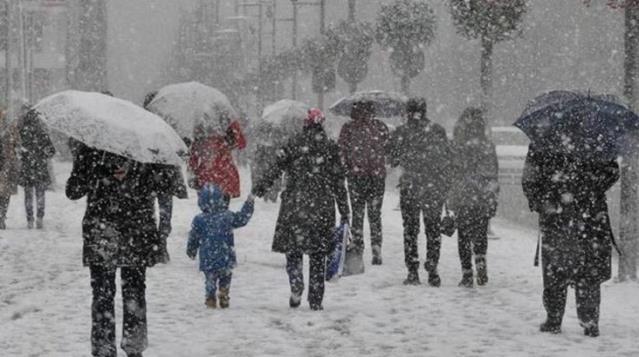 Meteoroloji'den 5 il için kuvvetli kar yağışı ve çığ uyarısı