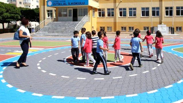 Milli Eğitim Bakanı Ziya Selçuk: Okullar gerekli hazırlıklar yapılarak açılacak, öğrenciler güvende olacak