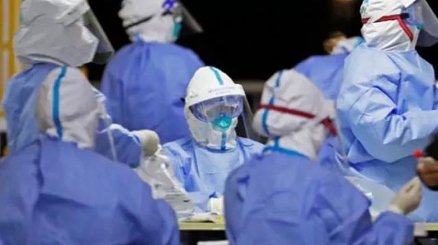 Pekin'de koronavirüs vaka sayılarındaki ani artış nedeniyle acil durum ilan edildi