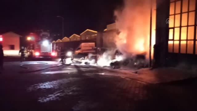 Sanayi sitesinde çıkan yangın söndürüldü