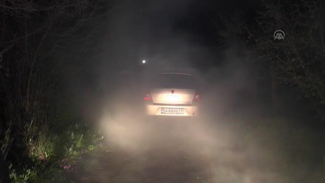 Seyir halindeki otomobilde çıkan yangın söndürüldü