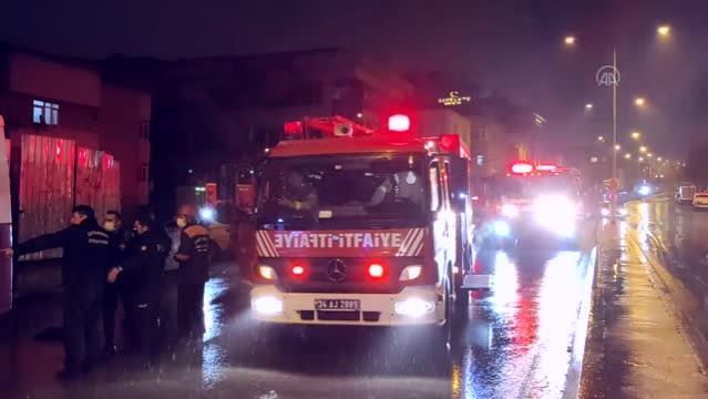 Son dakika... Ataşehir'de aracın çarpması sonucu otobüsün altına sürüklenen kadın hayatını kaybetti