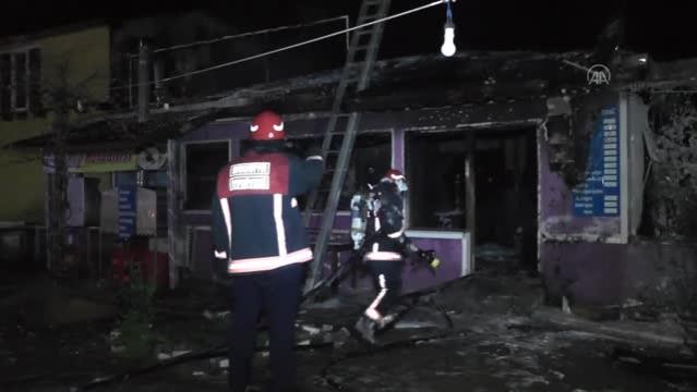 Son dakika haber   Çıkan yangında iş yeri kullanılamaz hale geldi